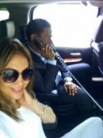 12-06-2013 - Dillo con un tweet: per Federica Nargi la prova costume e' gia' ok