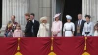 Principessa Eugenia di York, Kate Middleton, Camilla Parker Bowles, Principe Harry - Londra - 15-06-2013 - Trooping the Colour: Kate Middleton con il plaid sulle ginocchia
