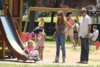 Martina Fini, Elisabetta Tulliani, Gianfranco Fini - Roma - 16-06-2013 - Star come noi: amore, vieni che ti porto al parco!
