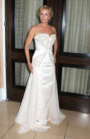 Katherine Kelly Lang - Beverly Hills - 17-06-2013 - Indecisa sull'abito nuziale? Ispirati al red carpet!