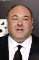 James Gandolfini - Los Angeles - 10-12-2012 - Le star dei Soprano su Twitter piangono James Gandolfini