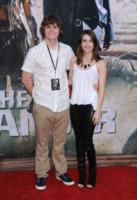 Evan Peters, Emma Roberts - Anaheim - 21-06-2013 - Sono Roberts, Emma Roberts, e te le suono: pugni al fidanzato