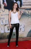 Emma Roberts - Anaheim - 21-06-2013 - Sono Roberts, Emma Roberts, e te le suono: pugni al fidanzato