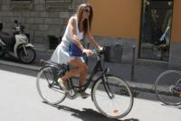 Claudia Galanti - Milano - 24-06-2013 -  Dove vai se la bicicletta, trendy, non ce l'hai?
