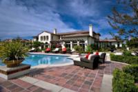 Justin Bieber, Casa, Villa - Los Angeles - 26-03-2012 - Justin Bieber non sa guidare: un'ordinanza contro di lui