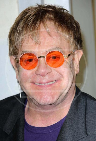 Elton John - Los Angeles - 25-06-2013 - Sir Elton John ricoverato per un'appendicite