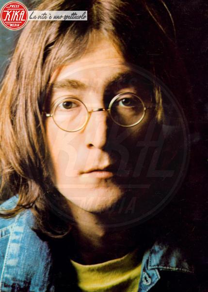John Lennon - Occhiali da sole - Los Angeles - 25-06-2013 - Star e occhiali da sole, legame indissolubile!