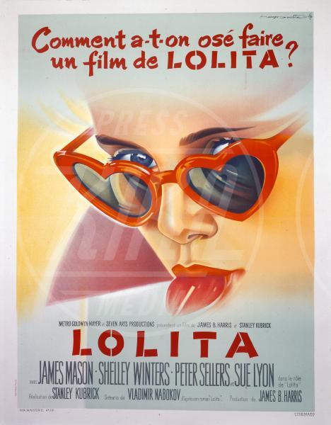 Lolita - Occhiali da sole - Los Angeles - 25-06-2013 - Star e occhiali da sole, legame indissolubile!