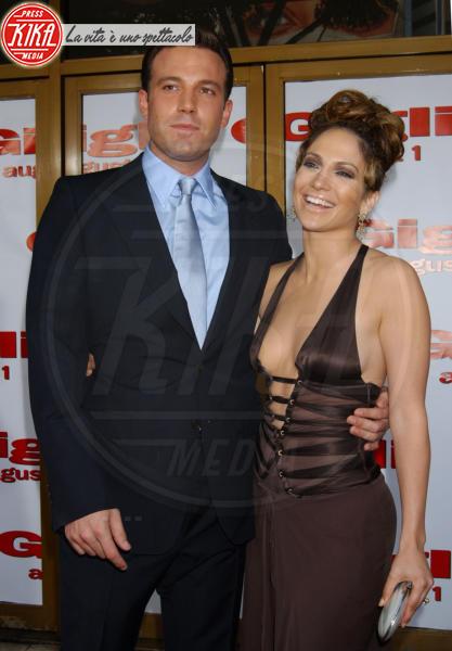 Jennifer Lopez, Ben Affleck - Westwood - 19-06-2004 - Supercouples: sono una cosa sola, anche nel nome!