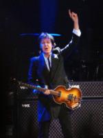 Paul McCartney - Verona - 25-06-2013 - Paul McCartney batte gli One direction in incassi ai concerti