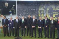 """Florentino Perez, Carlo Ancelotti, Zinedine Zidane - Madrid - 26-06-2013 - Ancelotti al Real: """"Vincere giocando un calcio spettacolare"""""""