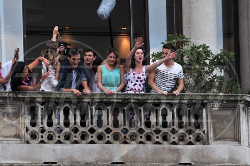 Diego Domingu, Lodovica Comello, Diego Dominguez - Milano - 26-06-2013 - Il ciclone Violetta si abbatte su Milano