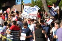 Folla - Hollywood - 26-06-2013 - La festa a West Hollywood per la decisione della Corte Suprema