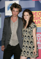 Robert Pattinson, Kristen Stewart - Hollywood - 07-09-2008 -