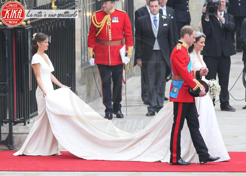 Principe William, Kate Middleton, Pippa Middleton - Londra - 29-04-2011 - Pippa Middleton: tutti i numeri del matrimonio (da 300mila euro)