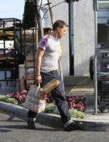 Olivier Martinez - Los Angeles - 01-07-2013 - Olivier Martinez ricorda le sue origini e acquista una baguette