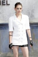 Kristen Stewart - Parigi - 02-07-2013 - Kristen Stewart ritorna all'università
