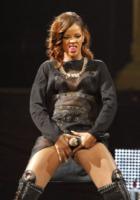 Rihanna - Fort Lauderdale - 21-04-2013 - Il fantastico mondo a luci rosse di Rihanna