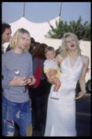 Frances Bean Cobain, Kurt Cobain, Courtney Love - Los Angeles - 02-09-1993 - Da Bowie a Ledger: le figlie delle icone che forse non conoscete
