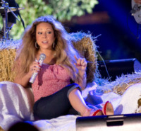 Mariah Carey - JERSEY CITY - 27-06-2013 - Mariah Carey, spalla dislocata durante le riprese di un video