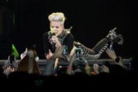 Pink - Adelaide - 04-07-2013 - Billboard incorona Pink come Donna dell'anno