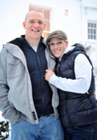 Mike Tindall, Zara Phillips - Gloucestershire - 21-12-2010 - Zara Phillips e Mike Tindall aspettano il loro primo figlio