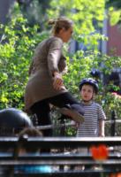 Uma Thurman - New York - 16-04-2012 - Il Royal Baby? Saràcugino di Ben Affleck!