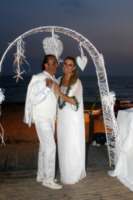 Giada Desideri, Luca Ward - Fregene - 10-07-2013 -  Luca Ward e Giada Desideri si sono sposati a Fregene