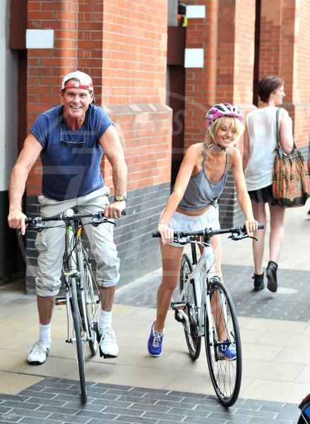 Hayley Roberts, David Hasselhoff - Londra - 10-07-2013 - Dove vai, se la bici (condivisa) non ce l'hai?