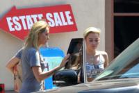 Leticia Cyrus, Miley Cyrus - Los Angeles - 13-07-2013 - Miley Cyrus: il denaro non ti farà riprendere peso