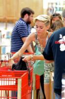 Miley Cyrus - Los Angeles - 13-07-2013 - Miley Cyrus: il denaro non ti farà riprendere peso