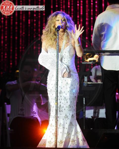 Mariah Carey - New York - 13-07-2013 - Bende, cerotti, gessi, la dura vita della star