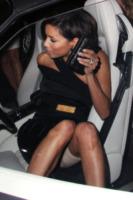 Eva Longoria - Los Angeles - 19-11-2008 - Star come noi: ma ti si vedono le mutande!
