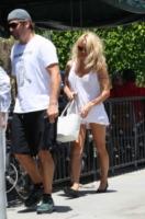 Rick Salomon, Pamela Anderson - Los Angeles - 16-07-2013 - La cellulite frena il desiderio di giovinezza di Pamela Anderson