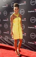 Lolo Jones - Los Angeles - 18-07-2013 - Quando le star ci danno un taglio… allo scollo!