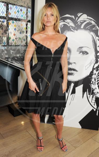 Kate Moss - Londra - 18-07-2013 - In rete i primi scatti di Kate Moss grazie a Gaetano Mansi