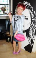 Jaime Winstone - Londra - 18-07-2013 - K.M.       telefono              casa