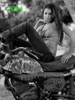 Nikki Reed - Los Angeles - 19-07-2013 - Da Abercrombie al cinema, il passo è breve