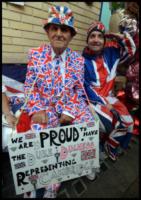 Sudditi inglesi - Londra - 22-07-2013 - Royal Cambridge, le congratulazioni non sono più solo su carta