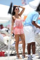 Alessandra Sorcinelli - Miami - 22-07-2013 - Shorts, maxidress o pareo: e tu cosa indossi in spiaggia?