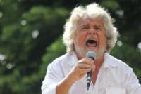 Beppe Grillo - Massa Carrara - 23-07-2013 - La casa a 5 stelle e in affitto di Beppe Grillo