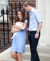Principe George, Principe William, Kate Middleton - Londra - 23-07-2013 - Il Royal Baby ha un nome: George Alexander Louis