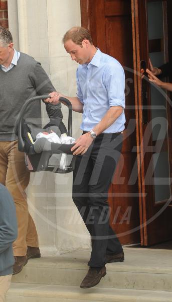 Principe William - Londra - 23-07-2013 - Kate e William presentano il piccolo Cambridge