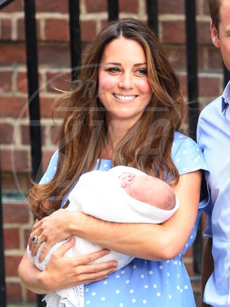 Principe George, Kate Middleton - Londra - 23-07-2013 - Il Royal Baby ha un nome: George Alexander Louis