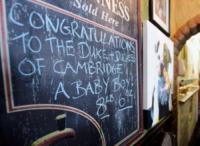 Congratulazioni Pub - Londra - 24-07-2013 - Royal Cambridge, le congratulazioni non sono più solo su carta