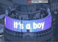 Congratulazioni Neon - Londra - 24-07-2013 - Royal Cambridge, le congratulazioni non sono più solo su carta