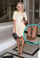 Pixie Lott - Londra - 16-09-2012 - Lindsay Lohan e le altre celebrity dai passi… felini!