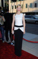 Cate Blanchett - Beverly Hills - 23-07-2013 - Bianco e nero: un classico sul tappeto rosso!