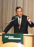 George Bush - Hong Kong - 25-06-1997 - George, proprio un nome da celebrity!