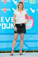 Barbora Bobulova - Salerno - 24-07-2013 - Camicia bianca e gonna nera: un look… evergreen!